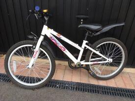 Girls Bike Appollo aged 6-9