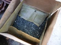 25 kilo box of Head Clouts for roofing felt, 20mm x 3.35mm, ex large