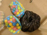 Approx 300 multicoloured soft play balls