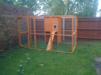 CAT, DOG, RABBIT, CHICKEN, PEN, PLAY AREA, LARGE SIZE, NEW CONDITION