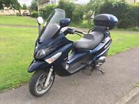 Piaggio XEVO 400cc scooter 2010