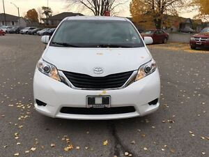 2014 Toyota Sienna LE 8 Pass V6 6A London Ontario image 8