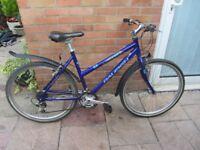 ladies raleigh bike 18 speed gears 20inch aluminium frame £59.00