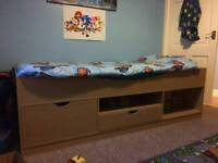Childs cabin bed