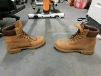 Original Timberland Boots 100 % Leather - VGC size 8