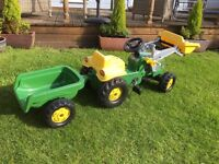 Rolly kid John Deree Tractor
