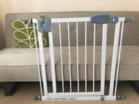 Tippitoes baby gate fits 75-80.5cm openings