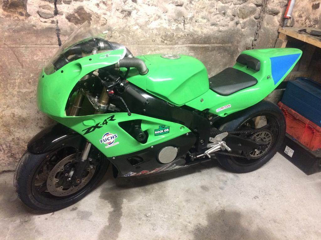 Zxr 400 Race Track Bike