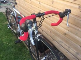 "Trek 1000 54"" frame silver/red road bike with brand new tyres"