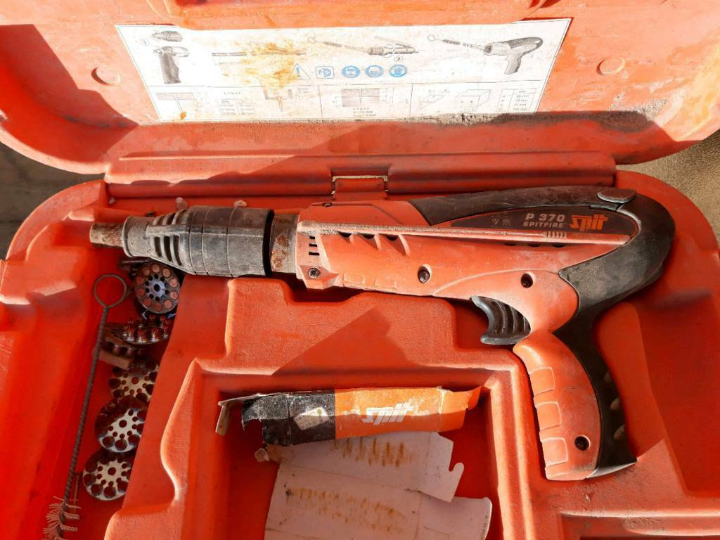 Spit P370 Spitfire Nail Gun Paslode In East End
