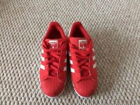 Adidas woman's superstar trainers size 3.5. ******* last chance bargain buy********