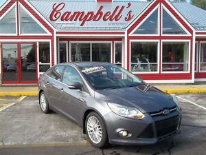 2012 Ford Focus SEL HEATED LEATHER!! SUNROOF!! 5SPD!! BACK UP SE