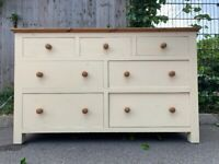 Lovely Solid Wood Wide Ivory Chest of 7 Drawers– Great Condition