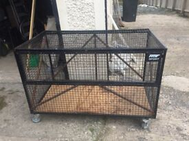 Storage cage on wheels