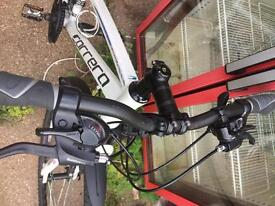 Carrera crossfire 1 hybrid mountain bike