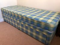 Single Bed (2ft 6in)