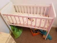 Unisex baby crib