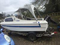 Day/fishing boat
