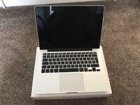 Macbook Pro i5 2.4ghz MacBook Pro late 2013 with Retina display 8GB Ram 256GD SSD