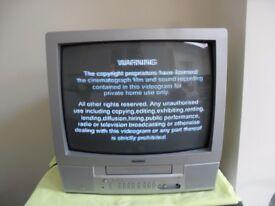 """BUSH 14"""" COLOUR PORTABLE TELEVISION TV + VCR COMBI - CLACTON CO15"""