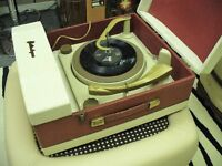 Vintage 1960s PORTADYNE Auto Changer Record Player.