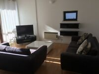 Two Bedroom, Two Bathroom Spacious Flat