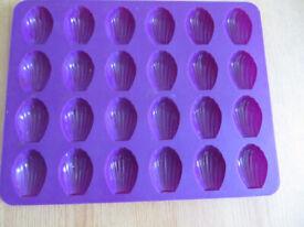 Muffin + madeleine silicon baking form
