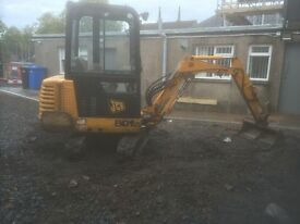 Mini Digger and Operator For Hire.