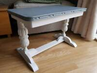 Carved coffee table. Shabby chic. French style. Grey solid wood.