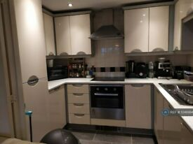2 bedroom flat in Fusion 8, Salford, M5 (2 bed) (#1046994)