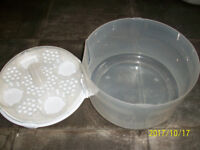 TOMMEE TIPPEE-MICROWAVE STEAMER AND COLD WATER STERALISER