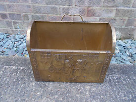 VINTAGE BRASS BOUND MAGAZINE/NEWSPAPER HOLDER