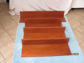 Shelf (set of 4)