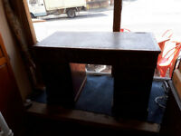 ANTIQUE TWIN PEDASTAL DESK VICTORIAN EDWARDIAN DEK IN YEOVIL