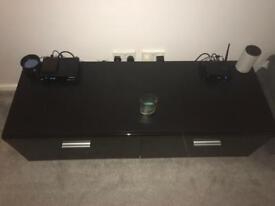 High gloss front tv cabinet