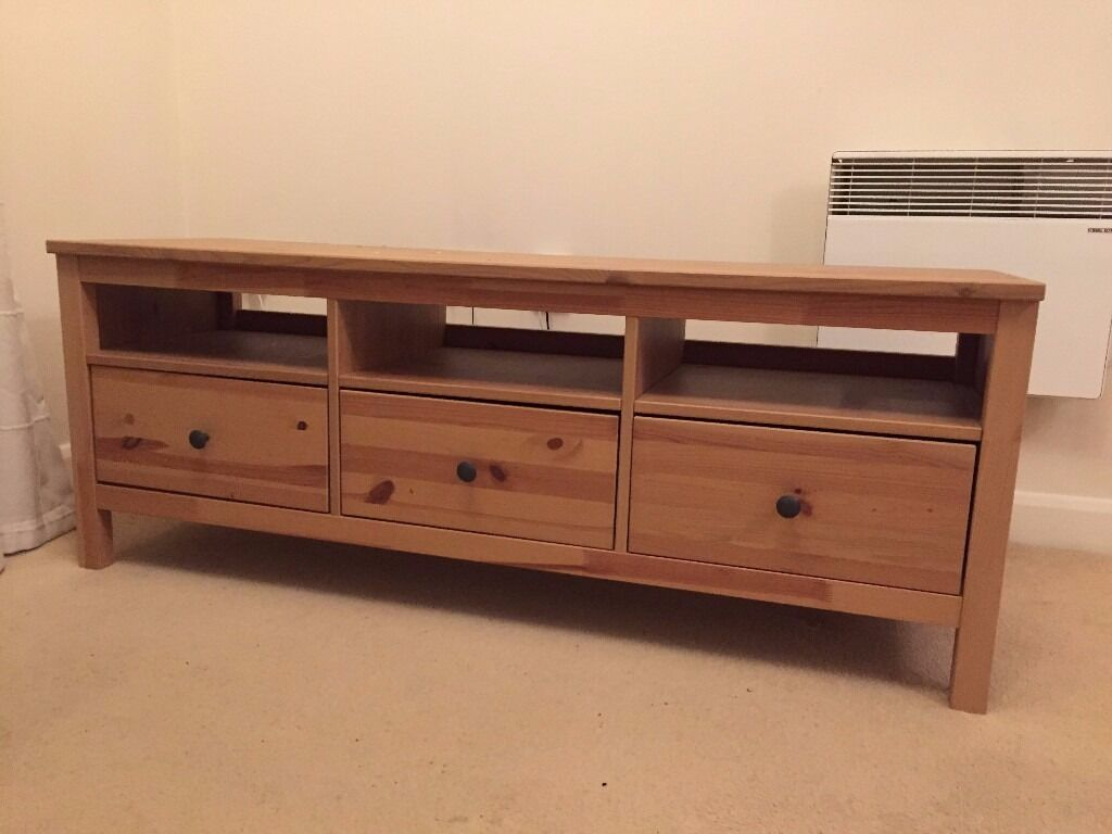 Ikea Tv Bench Hemnes Light Brown Bought Only 18 Months