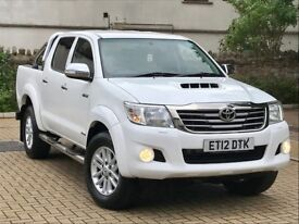 toyota hilux 2012 auto in immaculate condition throughout
