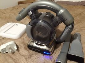 Black + Decker DustBuster Flexi 18V Vacuum