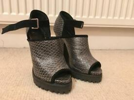 Shelly's London Metallic Mermaid Heels 6