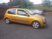 YELLOW/GOLD RENAULT CLEO 1.4 2002