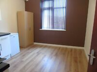 ***New studio Bute street Luton*** students welcome! Bills included