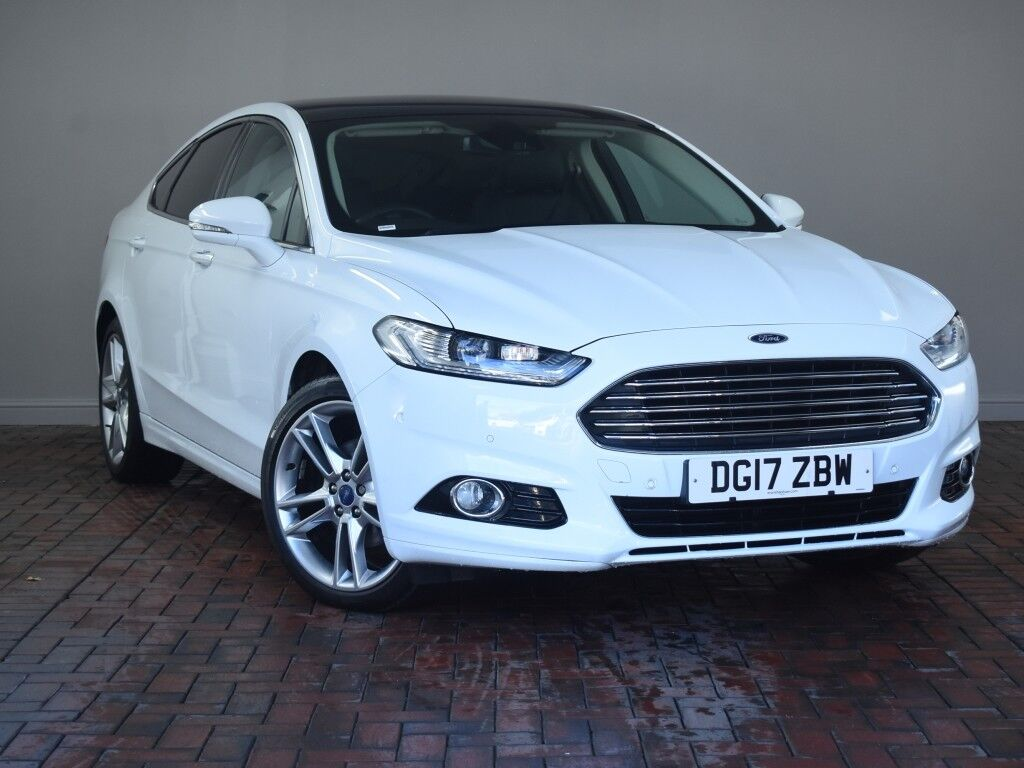 ford mondeo 2 0 tdci 180 titanium 5dr powershift auto white 2017 in winsford cheshire gumtree. Black Bedroom Furniture Sets. Home Design Ideas