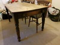 Gorgeous Wooden Dining Table and Chairs