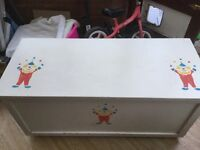 Kids wooden toy box
