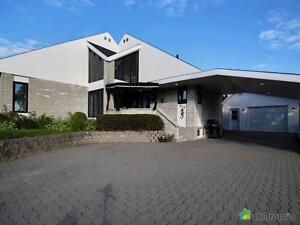 329 000$ - Maison à un étage et demi à vendre à Alma