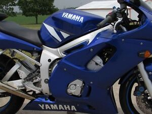 2001 yamaha  R6  Smooth, Clean, two good tires  Only $20/week London Ontario image 9