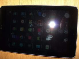 Nexus 7 32mb wifi Tablet, with charger and case.