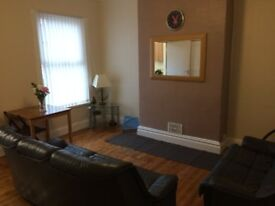 No Fees & All Bills Inc Renovated Share House near Kirstall Road & Bramley Centre