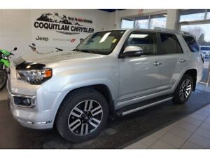 2017 Toyota 4Runner SR5- LEATHER, NAV, SUNROOF!!