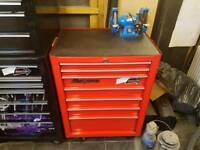 Snap on roll cab